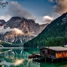 pragser-wildsee-lago-di-braies-lake-braies